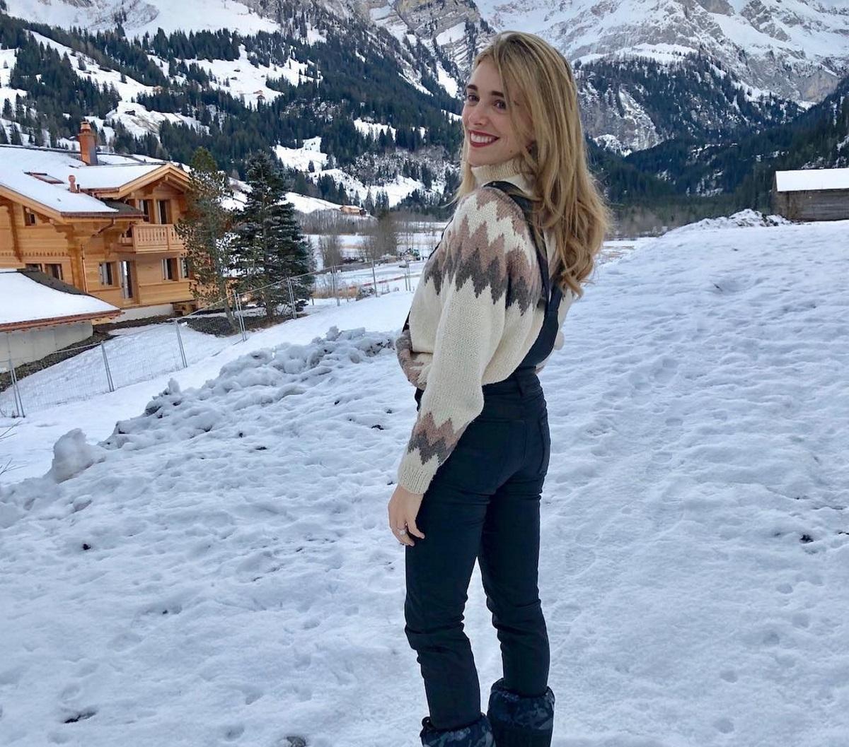 Μαριάννα Γουλανδρή: Η τρυφερή φωτογραφία με τον σύζυγό της Φίλιππο Λαιμό με φόντο το χιονισμένο τοπίο! | tlife.gr
