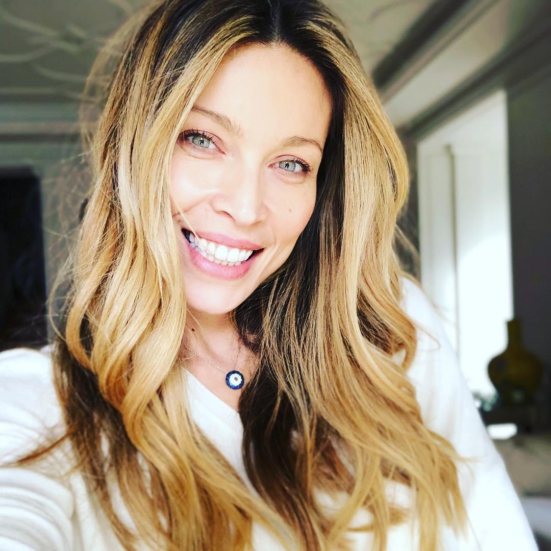 Μαριέττα Χρουσαλά: Έβαλε ξανά νυφικό και είναι υπέροχη! [pic] | tlife.gr