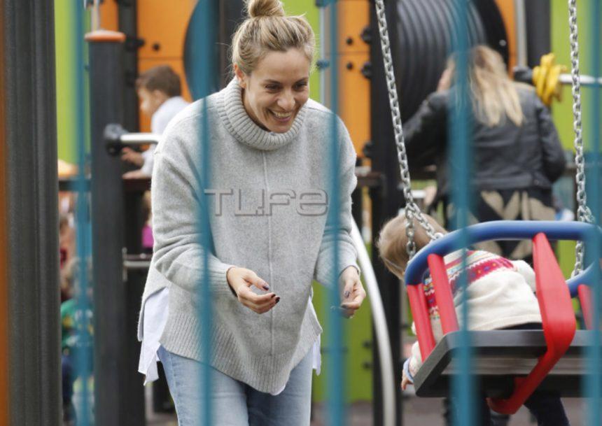 Ελεονώρα Μελέτη: Βόλτα στην παιδική χαρά μαζί με την κόρη της Αλεξάνδρα! [pics] | tlife.gr