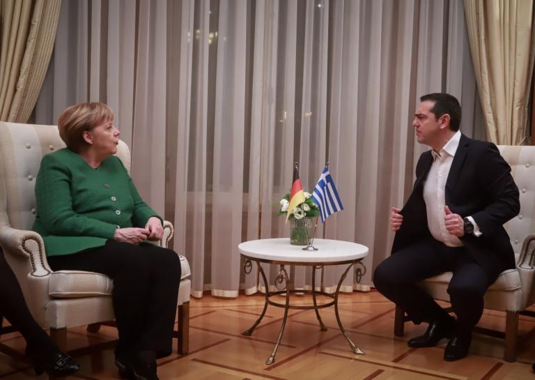 Μέρκελ: Διαλύει το internet η φωτογραφία του Τσίπρα! | tlife.gr