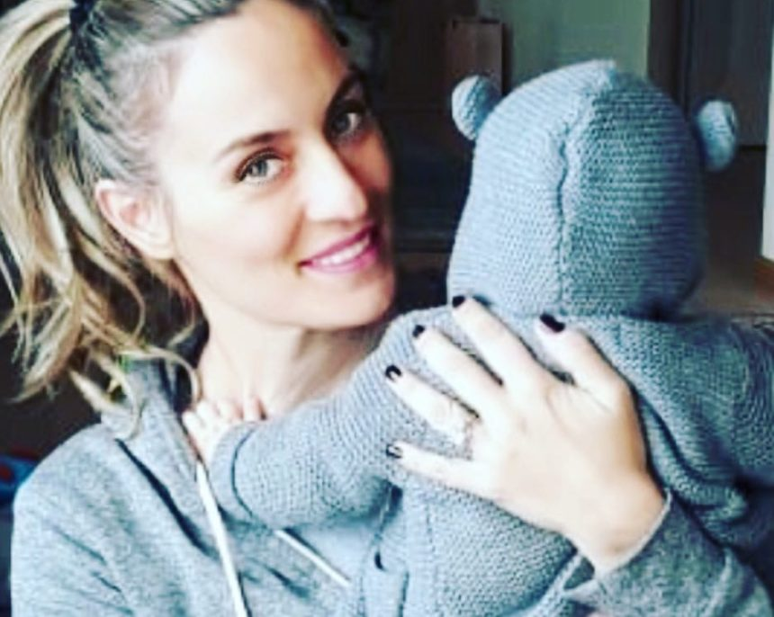 Ελεονώρα Μελέτη: Ο αποκλεισμός της στο χιόνι και η ρομαντική διάσωση από τον σύζυγό της! video | tlife.gr