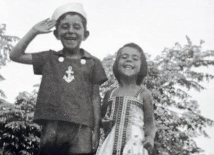 Συγκινεί με το αντίο της η αδελφή του Θέμου Αναστασιάδη: «Πάντα, αυτός ήταν ο ΗΡΩΑΣ ΜΟΥ» | tlife.gr