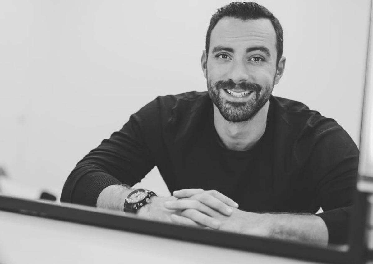 Σάκης Τανιμανίδης: Τον ρώτησαν δημόσια αν έκανε μπότοξ και η απάντησή του ήταν ξεκαρδιστική! | tlife.gr