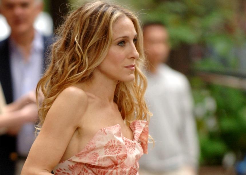 Η Carrie Bradshaw επέστρεψε για καλό σκοπό | tlife.gr