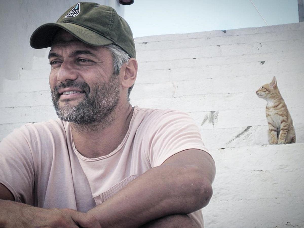 Δύσκολες ώρες για τον Στέλιο Κρητικό – Έφυγε από τη ζωή αγαπημένο του πρόσωπο | tlife.gr
