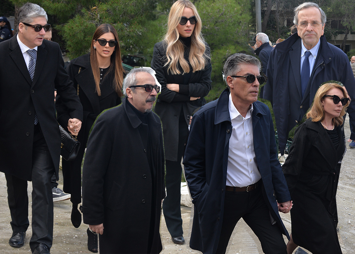 Το ύστατο χαίρε στον Θέμο Αναστασιάδη – Πολιτικοί, επιχειρηματίες, καλλιτέχνες και φίλοι στην κηδεία του