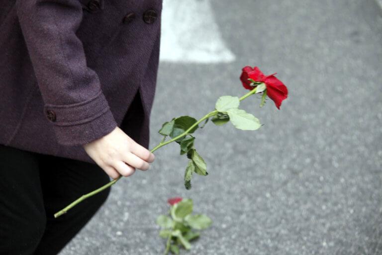 Λάρισα: Σπαραγμός για τη μάνα που πέθανε από τον καημό της – Η τραγωδία που ραγίζει καρδιές! | tlife.gr