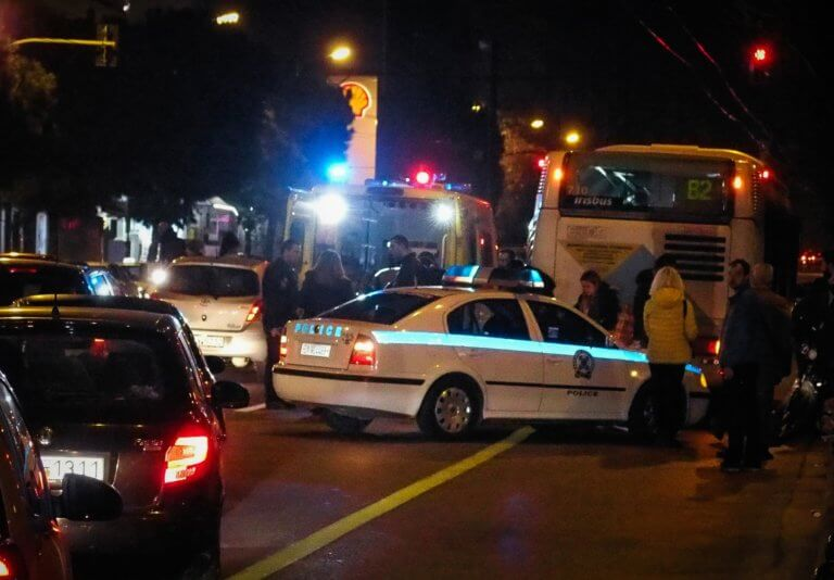 Γλυφάδα – 2 νεκροί και 2 σοβαρά τραυματίες στο φοβερό τροχαίο | tlife.gr