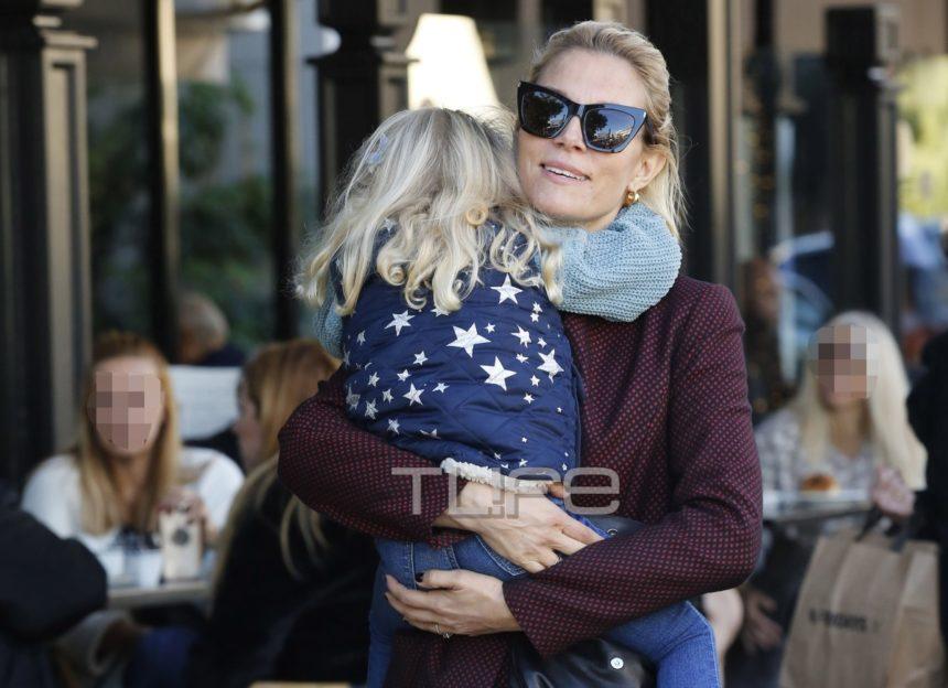 Βίκυ Καγιά: Χαλαρή βόλτα στα νότια προάστια με την κόρη της, Μπιάνκα! [pics] | tlife.gr