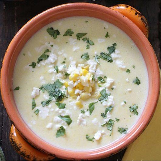 Βελουτέ σούπα με ανθότυρο και καλαμπόκι   tlife.gr