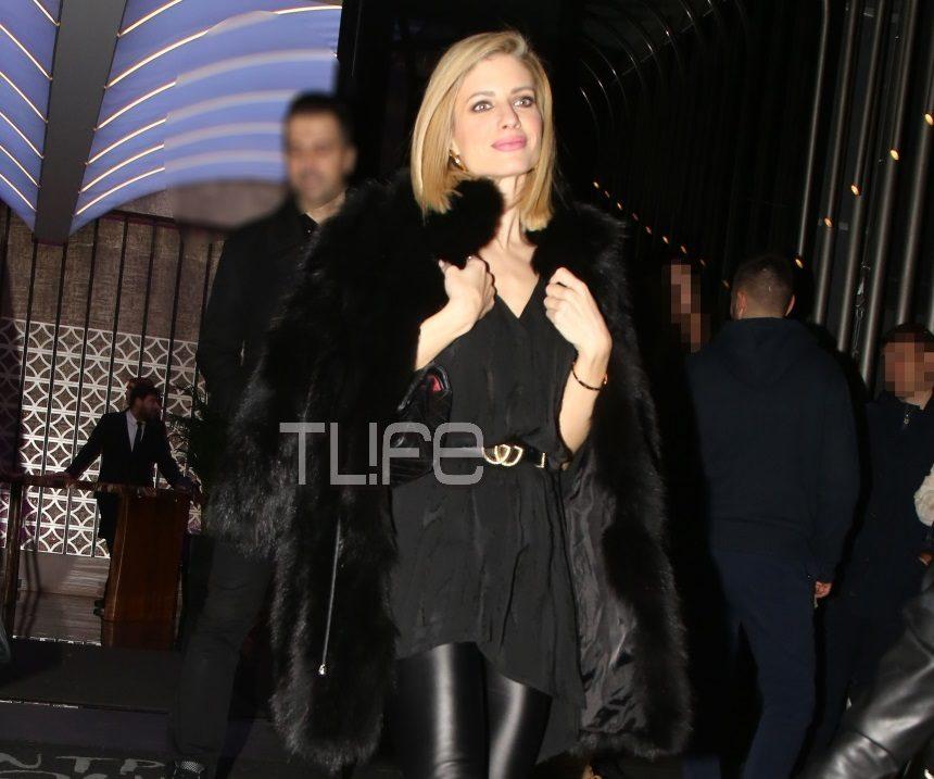 Ευαγγελία Αραβανή: Διασκέδασε με την αδελφή της στον αγαπημένο της Νίκο Οικονομόπουλο! [pics]   tlife.gr
