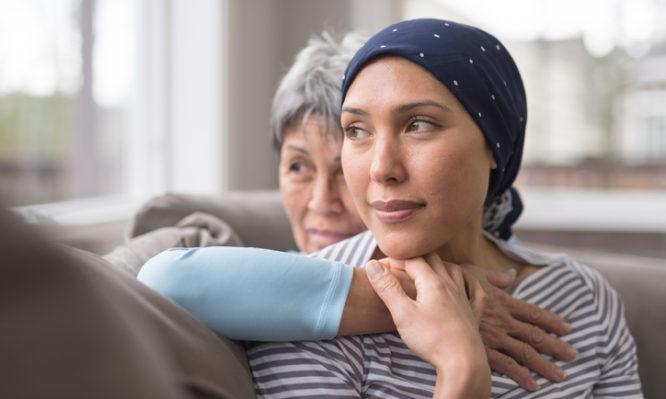 Καρκίνος: Ποιες λέξεις ΔΕΝ πρέπει να λέμε στους ασθενείς | tlife.gr
