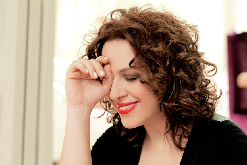 Ελένη Ράντου: Η αδερφή της, Ιωάννα, την απόλαυσε στη θεατρική της πρεμιέρα! [pic] | tlife.gr