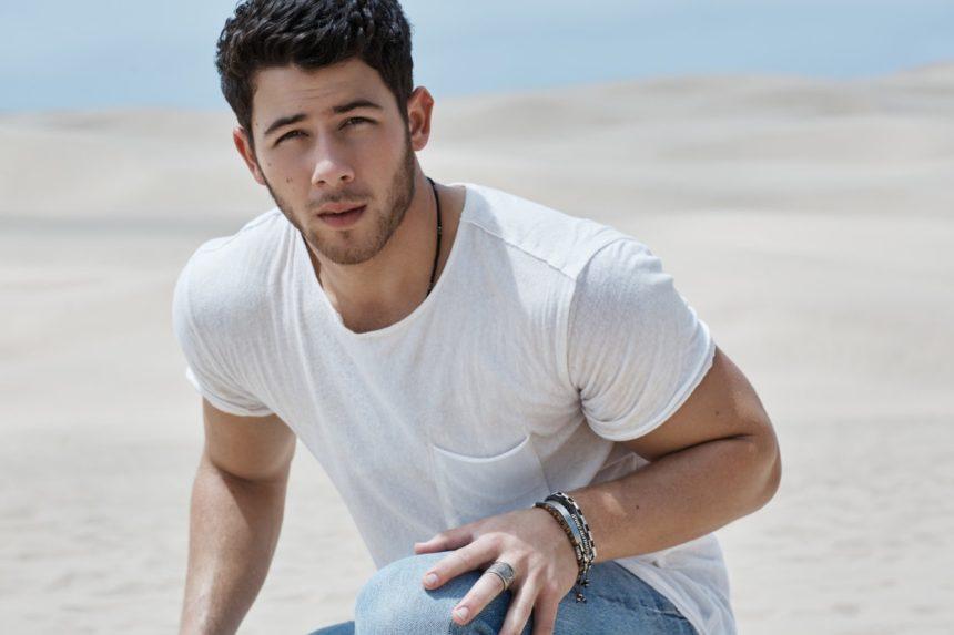 Nick Jonas: 'Ετοιμος να αναλάβει το ρόλο του Μπάτμαν! | tlife.gr