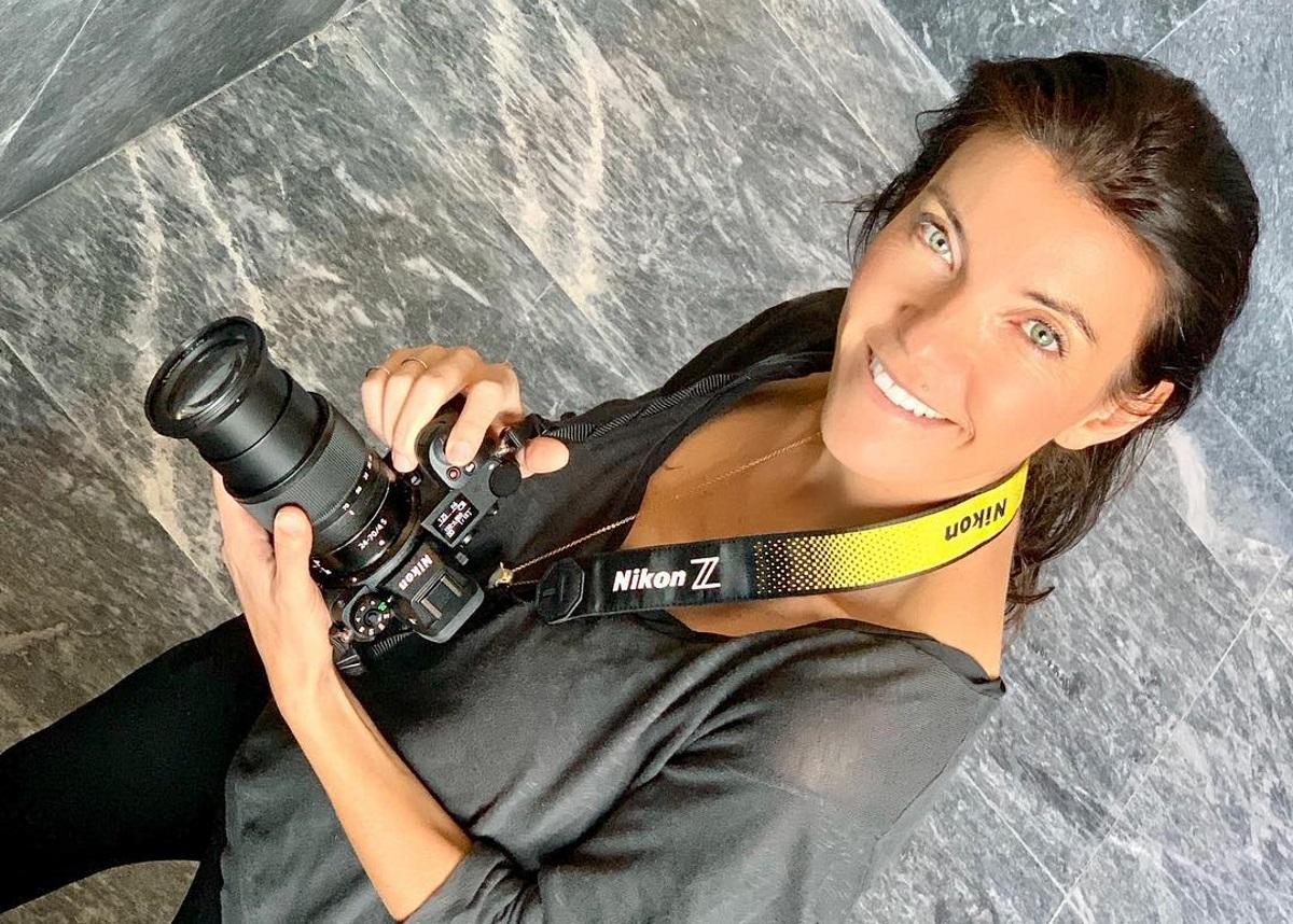 Μαρίνα Βερνίκου: Οι εντυπωσιακές φωτογραφίες της από την Θεσσαλονίκη   tlife.gr