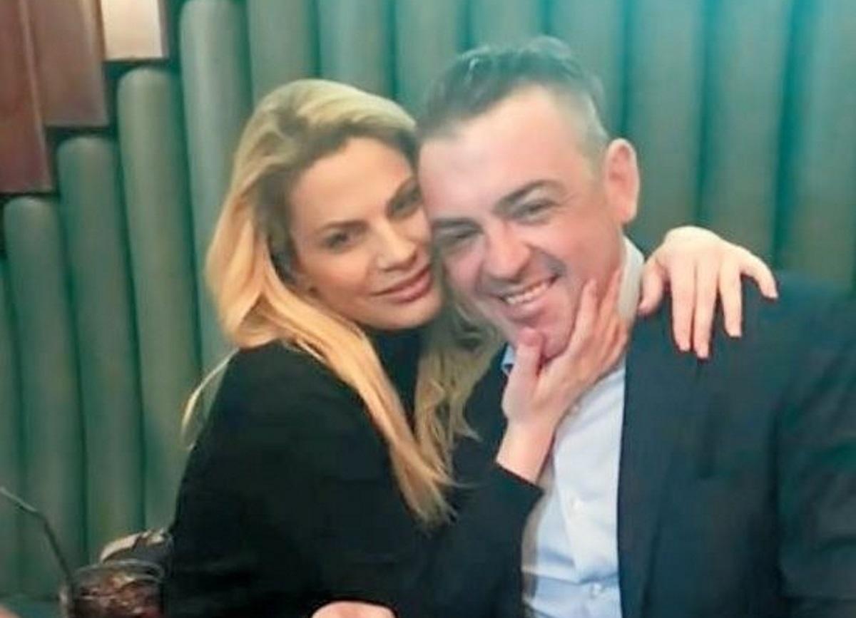 Μανώλης Πετσίτης: Η σύντροφός του, Βίκυ Καρνέζη, αποκαλύπτει άγνωστες πτυχές της σχέσης τους! | tlife.gr