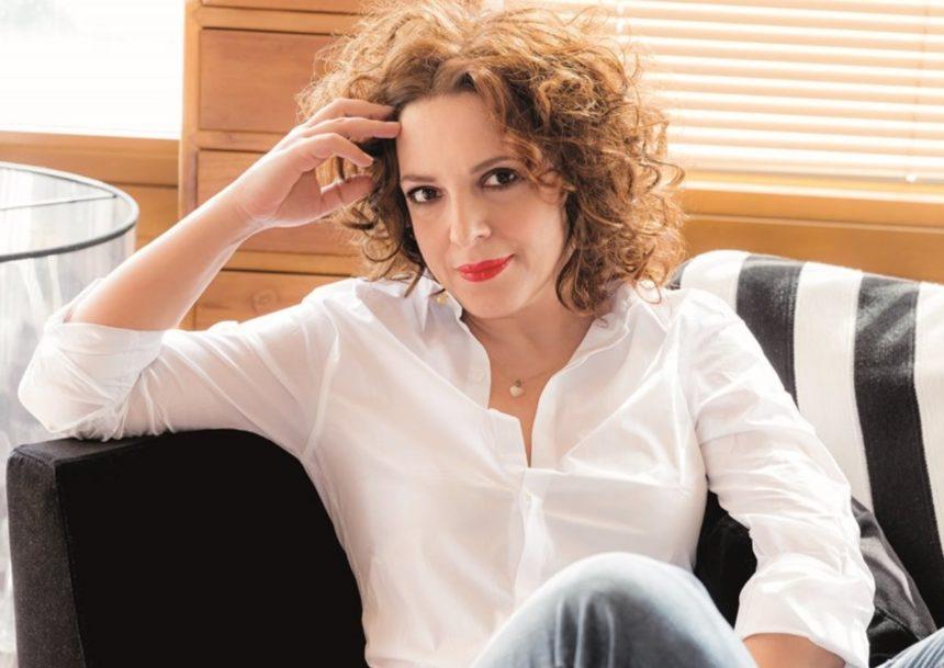 Ελένη Ράντου: Δεν φαντάζεσαι γιατί στο σπίτι της έχει μονίμως δυο διακοσμητικές βαλίτσες! | tlife.gr