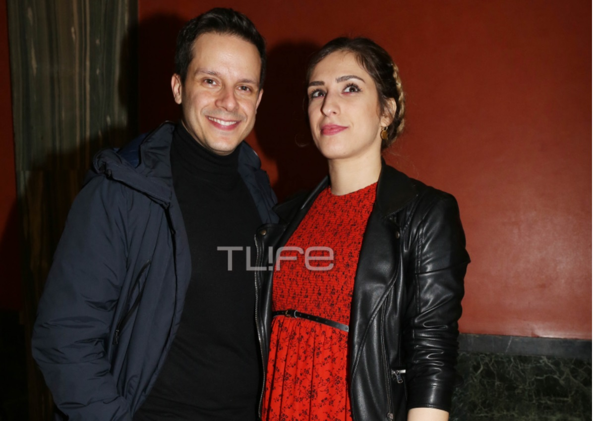 Δημήτρης Μακαλιάς: Απόλαυσε την σύζυγο του Αντιγόνη Ψυχράμη στο θέατρο! [pics]