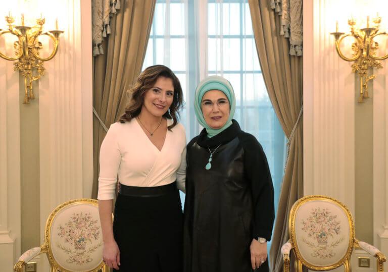 Η θερμή ανάρτηση της Εμινέ Ερντογάν για την Μπέτυ Μπαζιάνα | tlife.gr