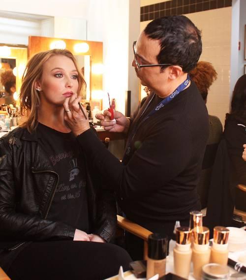 Bruce Grayson: ένας από τους σπουδαιότερους makeup artist στον κόσμο χρησιμοποιεί ένα προϊόν που αγαπάμε κι εμείς!