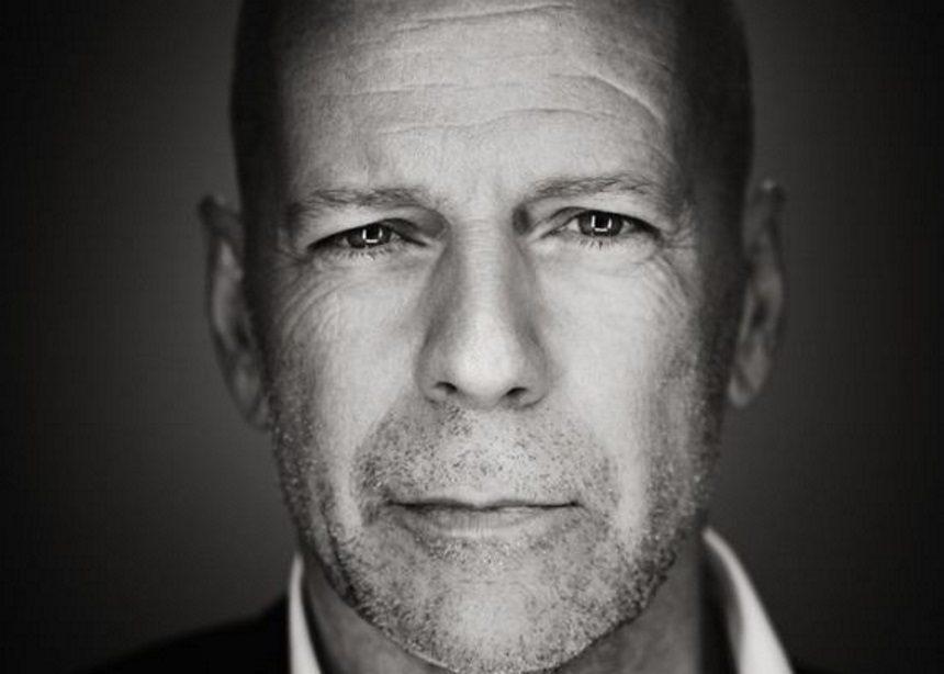 Bruce Willis: Πωλείται για $13 εκατομμύρια η πολυτελής βίλα του στην εξοχή της Νέας Υόρκης | tlife.gr