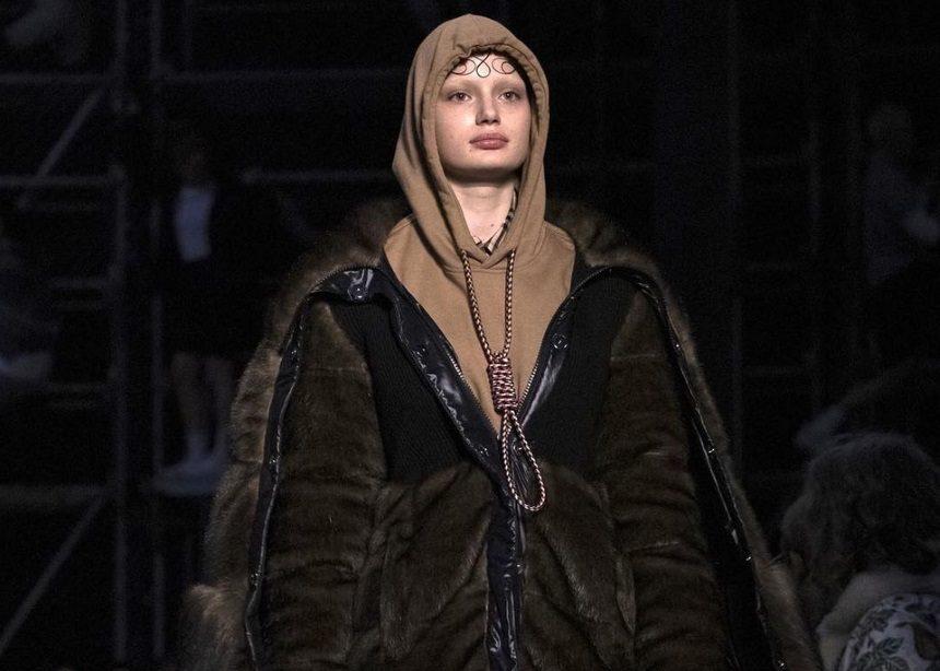 Ο Burberry αφαίρεσε αυτό το hoodie από τη συλλογή για ένα λόγο που δεν σου περνάει από το μυαλό | tlife.gr