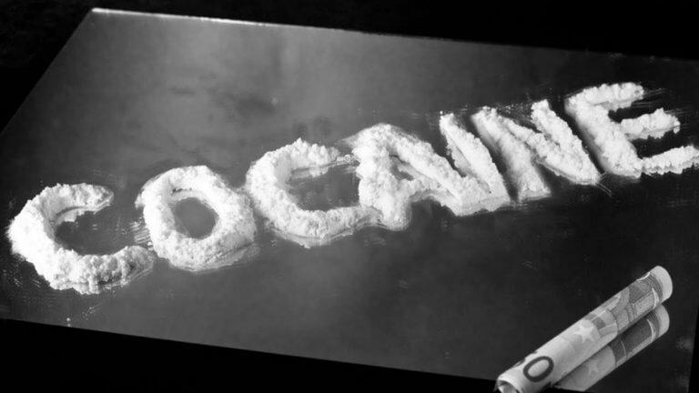 Κοκαΐνη στα σαλόνια της Αθήνας – Γνωστή τραγουδίστρια, γιατροί και επιχειρηματίες σε λίστα φωτιά | tlife.gr