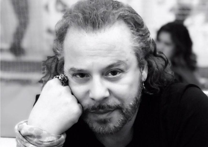 Χρήστος Δάντης: Ο γιος του, Χριστόφορος Βλαχάκης έχει τα γενέθλια του! Έτσι του ευχήθηκε ο τραγουδιστής!   tlife.gr