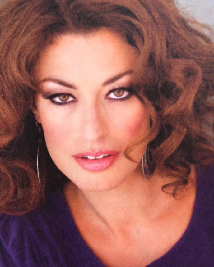 Δωροθέα Μερκούρη: Δες την καλλονή ηθοποιό 30 ολόκληρα χρόνια πριν!   tlife.gr