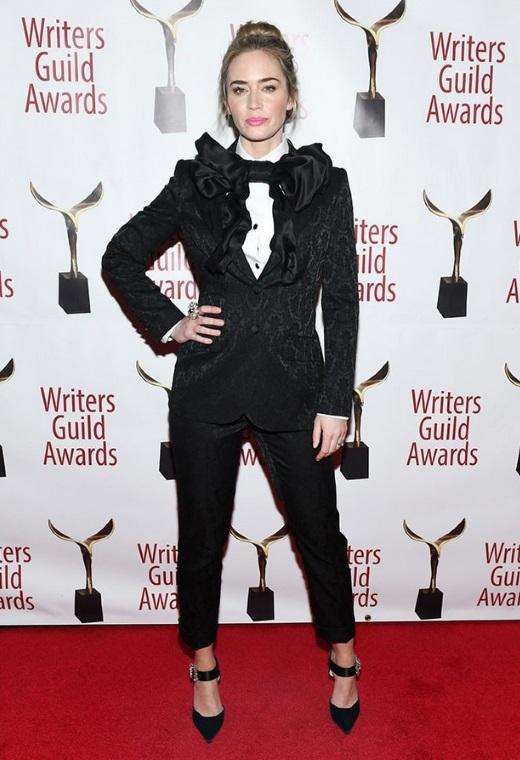 Η Emily Blunt με Dolce & Gabbana | tlife.gr