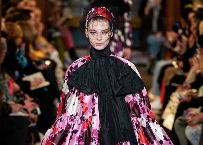 Εβδομάδα Μόδας στο Λονδίνο: Ο οίκος Erdem παρουσίασε την πιο… floral συλλογή για τον επόμενο χειμώνα | tlife.gr