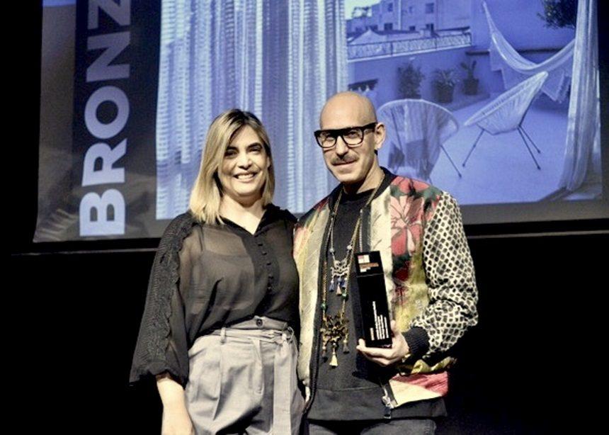 Ο Ευάγγελος Μιχέλης αποσπά τρία βραβεία στην διοργάνωση  Commercial Interiors Awards 2019! | tlife.gr