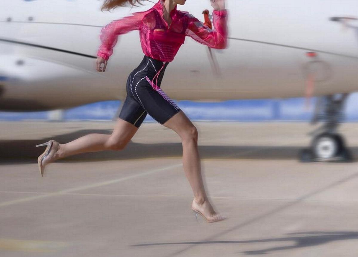 Ελληνίδα celebrity τρέχει με 12ποντα και εντυπωσιάζει! [pic]