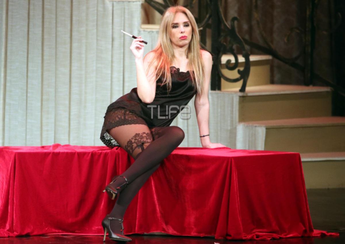 Χριστίνα Ψάλτη: Πιο sexy από ποτέ στη σκηνή του θεάτρου! (pics) | tlife.gr