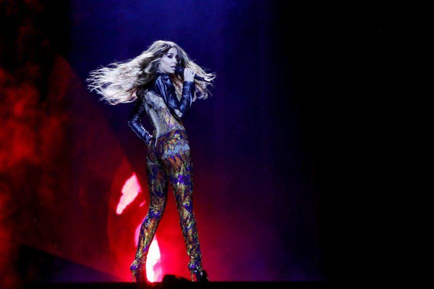 Ελένη Φουρέιρα: Θα πραγματοποιήσει εμφάνιση-έκπληξη στη σκηνή της Eurovision 2019;   tlife.gr