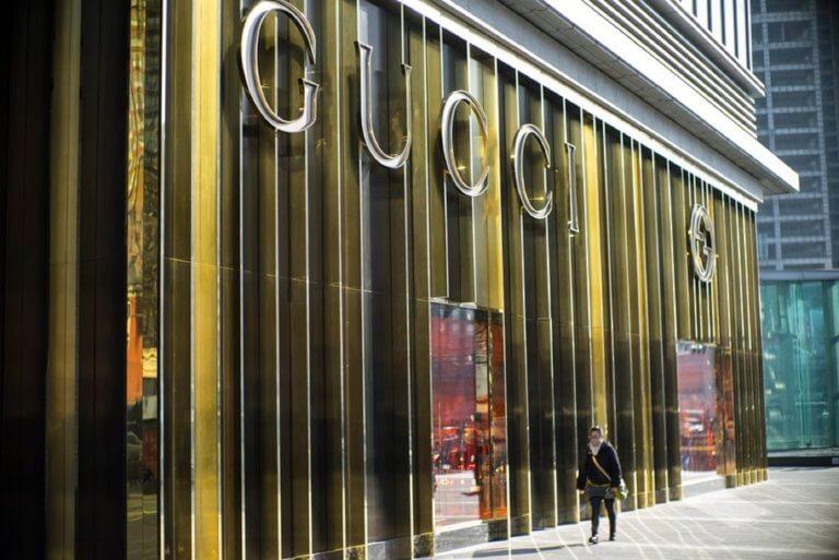 Ποιο ρούχο αποσύρει η Gucci γιατί κρίθηκε ρατσιστικό – Συγγνώμη ζητά η εταιρεία | tlife.gr