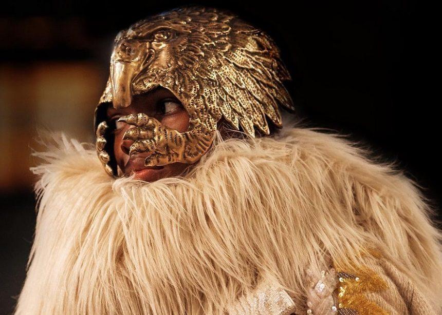 Εβδομάδα Μόδας στο Μιλάνο: Η νέα συλλογή του Gucci με τα edgy ρούχα και τις baroque μάσκες | tlife.gr
