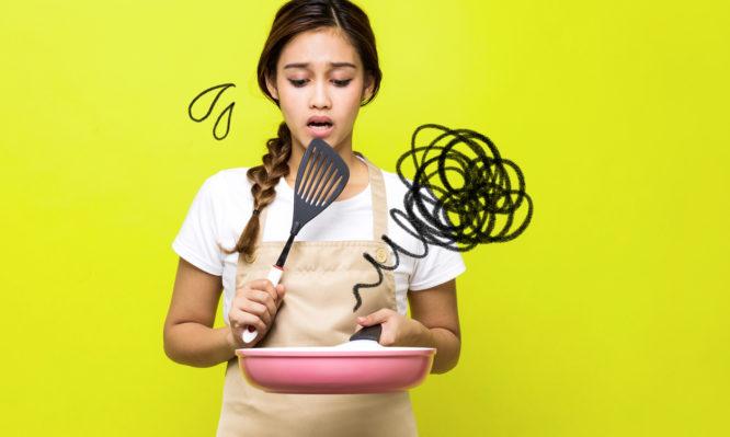 Τα 4 λάθη που κάνετε στο μαγείρεμα και σας παχαίνουν χωρίς να το ξέρετε | tlife.gr