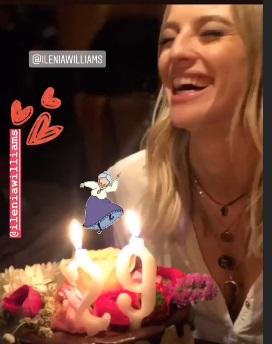 Ιλένια Ουίλιαμς: Γιόρτασε τα γενέθλιά της μαζί με τον Δημήτρη Ουγγαρέζο και τους φίλους της! video | tlife.gr