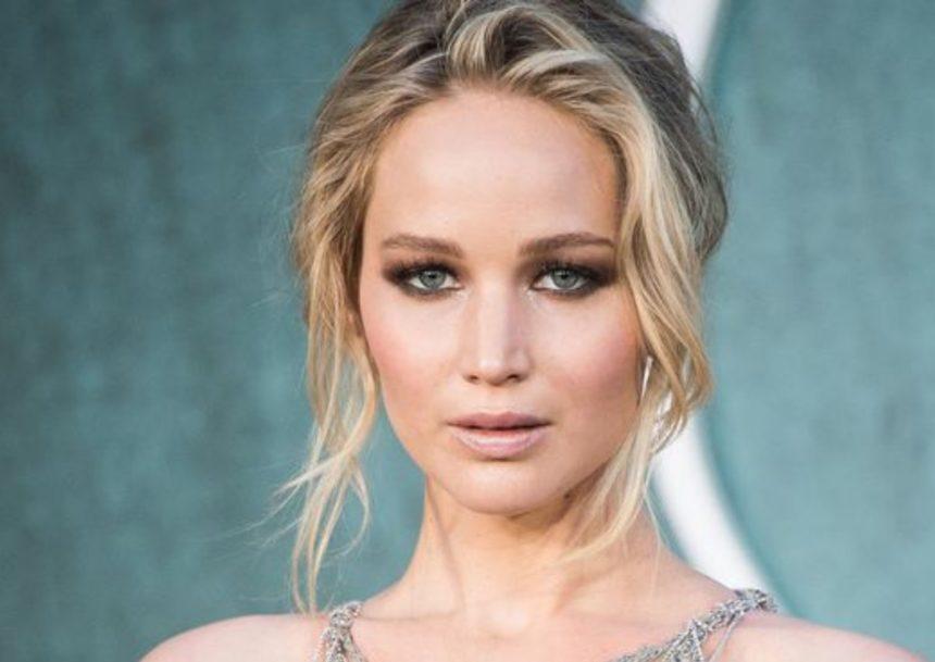 Jennifer Lawrence: Αρραβωνιάστηκε τον αγαπημένο της Cooke Maroney, μετά από 8 μήνες σχέσης!   tlife.gr