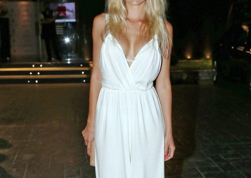 Ελληνίδα ηθοποιός παραδέχεται: «Είμαι τέσσερα χρόνια μόνη μου. Νιώθω μοναξιά και την έλλειψη της αγκαλιάς»   tlife.gr