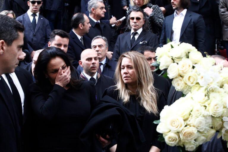 Το σπαρακτικό τελευταίο βλέμμα – «Λύγισε» η Κατερίνα Παναγοπούλου αποχαιρετώντας τον Περικλή της [pics]   tlife.gr