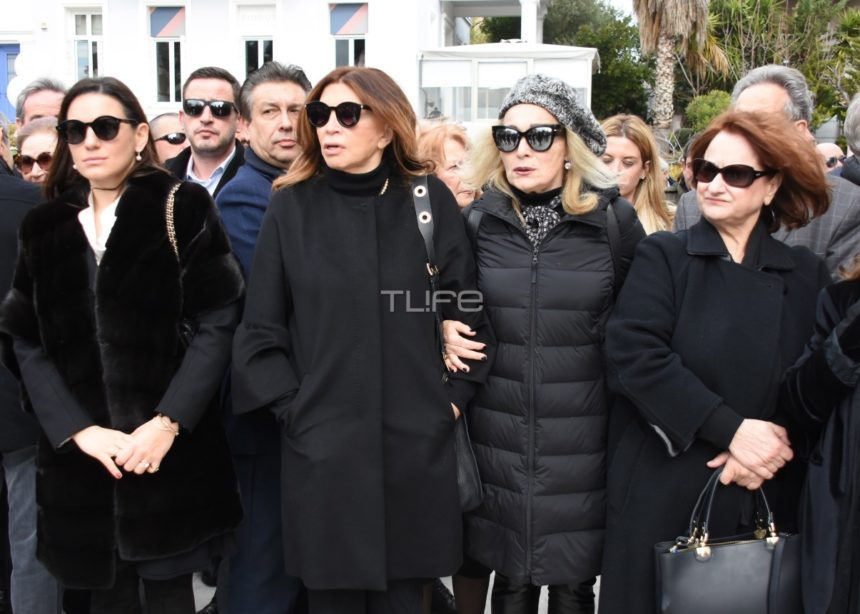 Θλίψη στο τελευταίο αντίο στη Νίκη Γουλανδρή – Πολιτικοί και άνθρωποι της τέχνης στην κηδεία της   tlife.gr