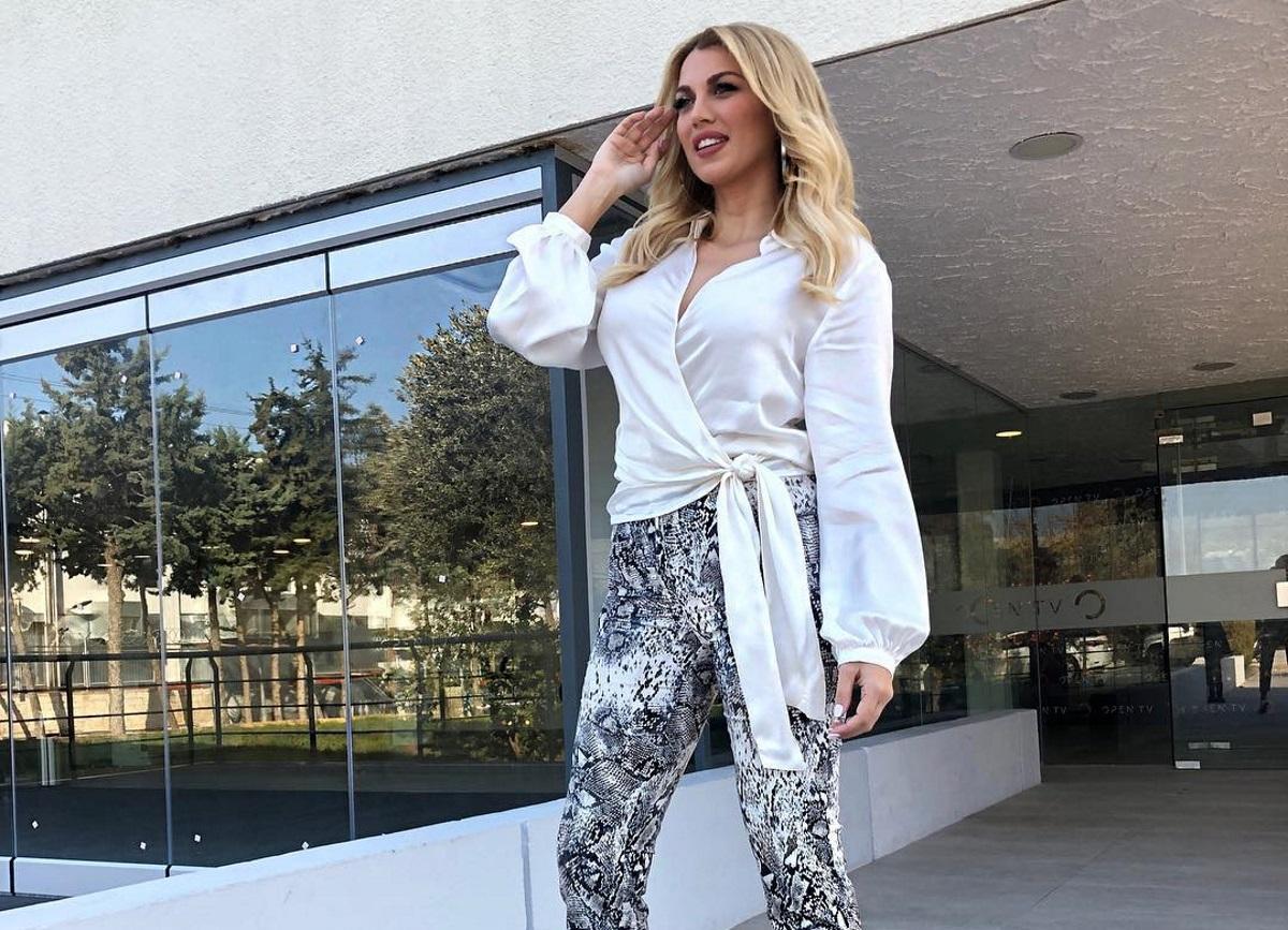 Κωνσταντίνα Σπυροπούλου: Το δείπνο με τον Στέλιο Κουδουνάρη και το νέο της επαγγελματικό βήμα! [pics,video] | tlife.gr