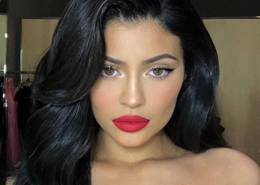 Kylie Jenner: δεν την έχουμε δει ποτέ ξανά με αυτά τα μαλλιά!   tlife.gr