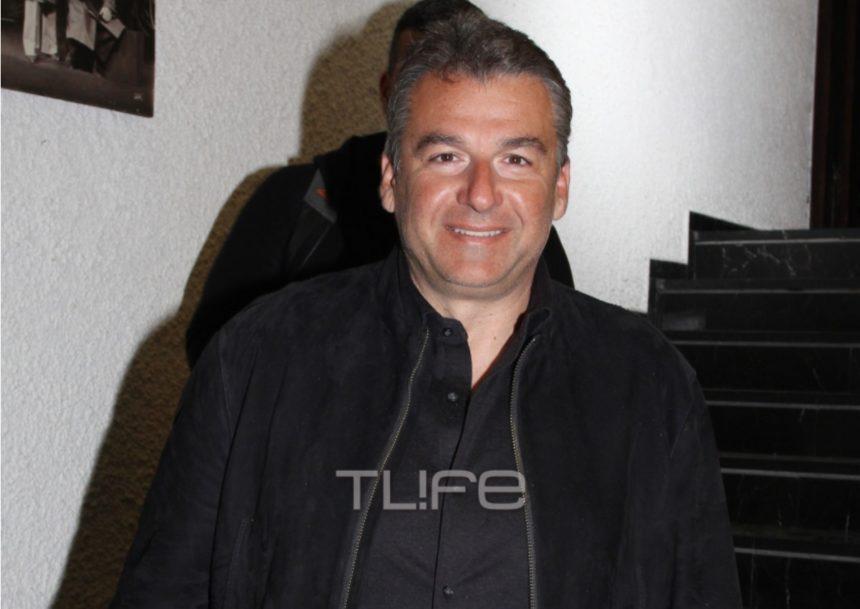 Γιώργος Λιάγκας: Βραδινή έξοδος στο θέατρο! [pics] | tlife.gr