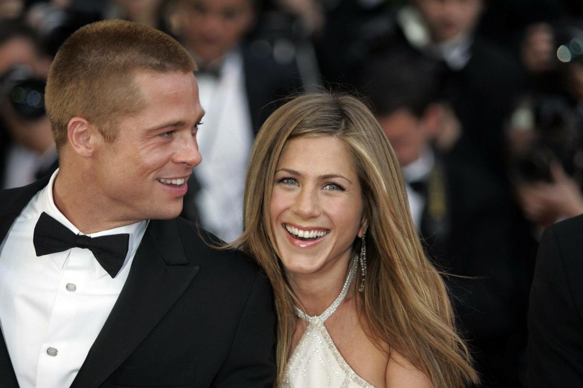 Απίστευτο! Ο Brad Pitt πήγε στο πάρτι γενεθλίων της Jennifer Aniston [pics,vid]