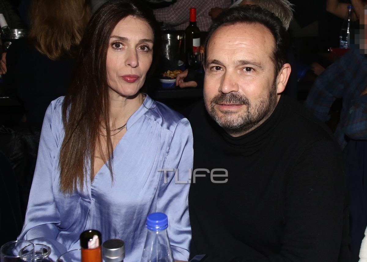 Κώστας Μακεδόνας: Σπάνια βραδινή έξοδος με την σύζυγό του! [pics] | tlife.gr