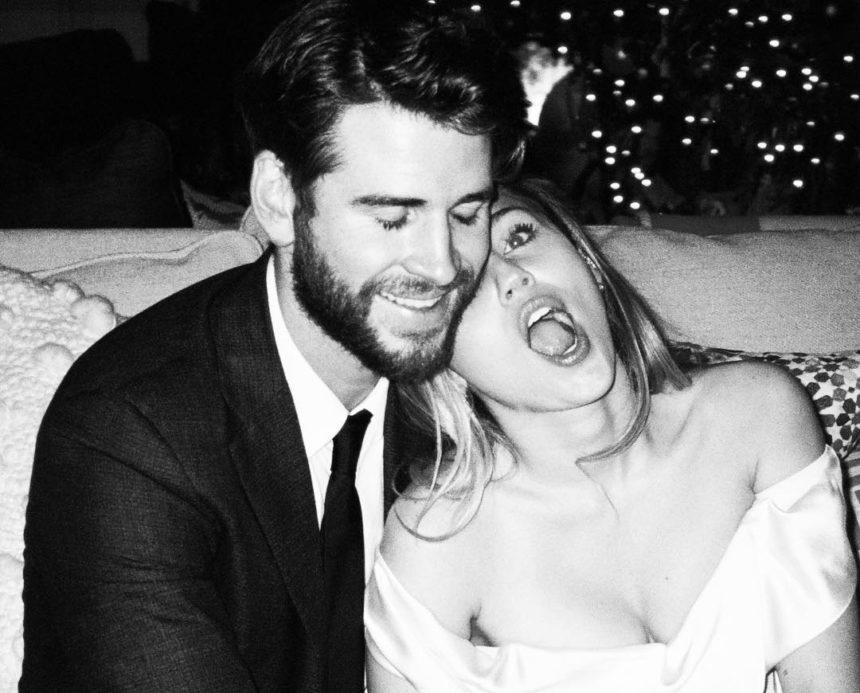 Miley Cyrus: Ανήμερα του Αγ. Βαλεντίνου δημοσίευσε όλες τις φωτογραφίες από τον γάμο της με τον Liam Hemsworth! | tlife.gr