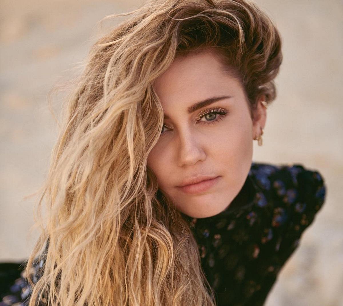 Miley Cyrus: Άκρως αποκαλυπτική στη νέα της φωτογράφιση! Όσα αποκαλύπτει για τη σεξουαλικότητά της [pics]